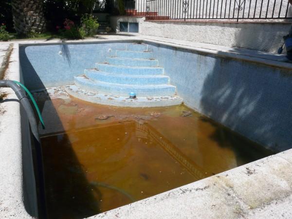 Obras y trabajos de reparaci n y rehabilitaci n de piscinas for Reparacion piscinas